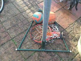 Netball post / basketball nets