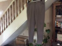 Lightweight ,light coloured men's trousers ,L29 W32 ,hardly worn