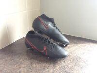 Nike Mercurial Football Boots 9.5 SG