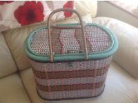 Rare Old type basket / hamper