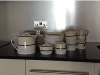 Marks and Spencer Manhattan China Complete Service for 6
