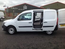 2015 MERCEDES CITAN CDI LONG. ONLY 24000 MILES. IMMACULATE VAN THROUGHOUT. 2 SIDE DOORS. PLY LINED.