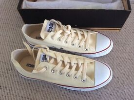 Converse All Star Cream Trainers, size 8 (USA) Brand new, never worn