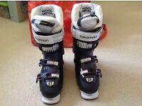 Salamon Ladies ski boots