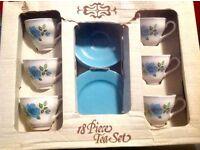 Vintage 50/60s tea set still in box