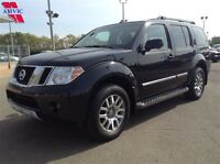 2011 Nissan Pathfinder LE Leather DVD Moonroof 86,000km