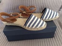 CREW CLOTHING BRAND NEW BOXED ESPADRILLE SIZE 7