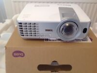 BenQ Short Throw Projector - Immaculate Condition