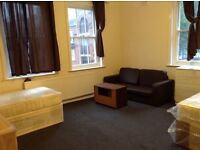 Twin bed in roomshare to let in flatshare at Aldgate East & Whitechaple