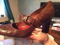 She sachelle ladies shoes 40