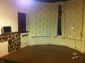 Two Bedroom Flat to let in Westend Glasgow ( Wilton Street )