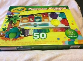 Crayola modeling clay kit