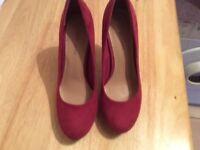 Women's red size 4 heels