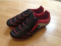Football/rugby boots/togs size 9 and half pumas
