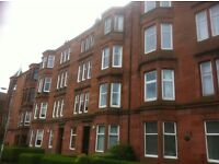 Very large 3 bed HMO flat with dining kitchen.Quietly located off Dumbarton Rd.Bright, warm & secure
