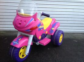 Electric tricycle, in pink. Excellent condition