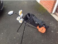 Kids Dunlop Loco Golf Clubs and Bag