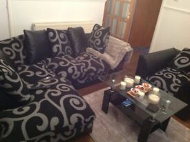 SALE £750! Corner sofa set.Dining Table.Coffee Table