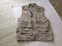 Unworn Royal Robbin man's field guide vest. A black week bargain!