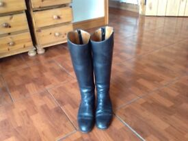 Long Black leather riding boots by Shneider London including trees - size 6