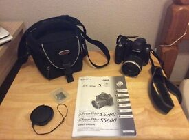 Fugifilm Finepix digital camera s5600