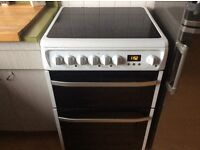 Hotpoint cooker/oven DSC60P. 1 year old. Freestanding. RRP £400