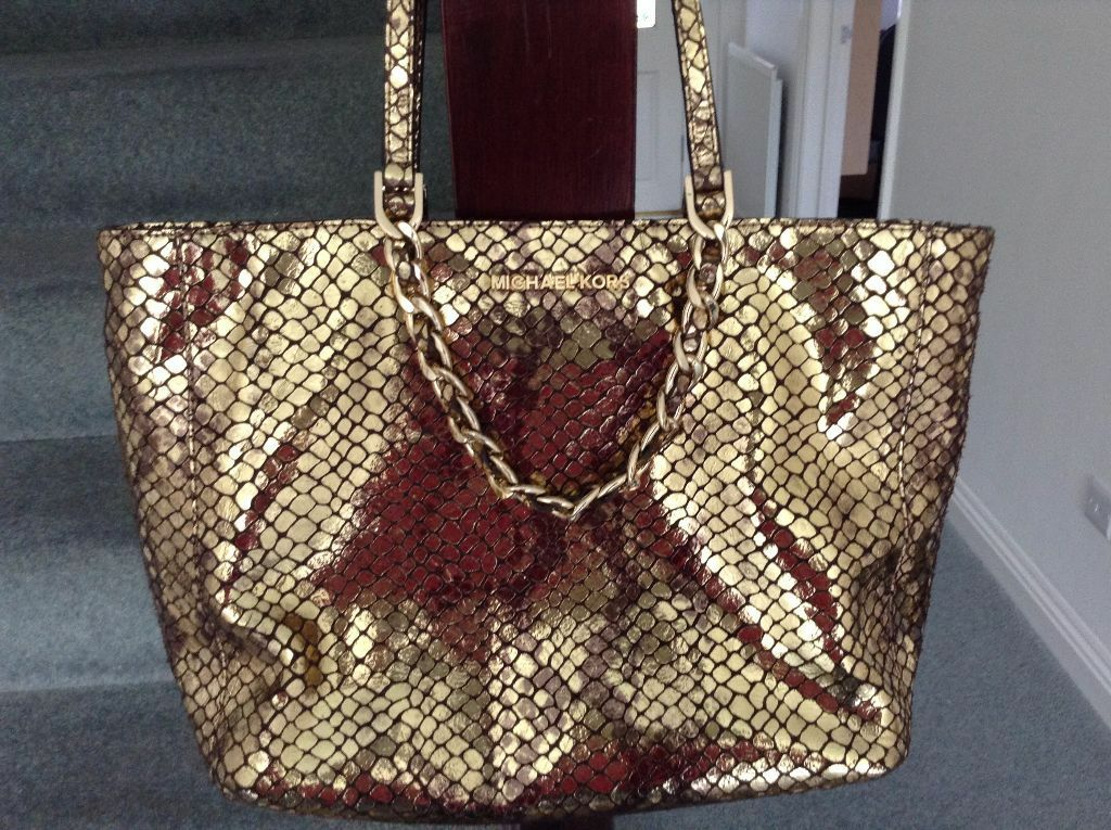 9e7b167d967a Stunning Michael Kors Harper Tote bag in metallic reptile embossed  leather!!! Brand New!!!