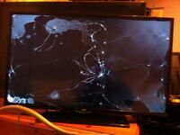 "JVC 39"" LED SMART TV (LT-39C740) Spares or Repair! (smashed screen)"