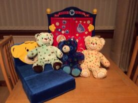 Build a Bear Extravaganza - Excellent Bargain - Just in time to make your wee one's Christmas!!!