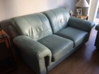 Mint 3piece leather suite in good condition for sale