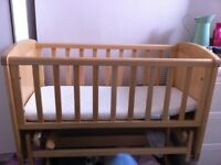 Mothercare wooden gliding crib good condition