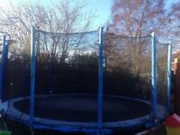 16ft trampoline, safety net, ladder