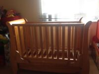 Cot bed in good condition