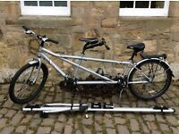 Dawes Tandem Discovery Cycle with Roma Tandem Roof Bar