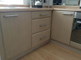 Kitchen units for sale. Good condition