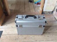 Document case aluminium