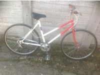 Vintage Small Lady or Teenagers Town Bike 5 Speed