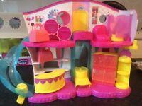 Shopkins play sets with shopkins