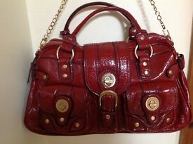 Designer, multi pocketed, LONDON FOG handbag