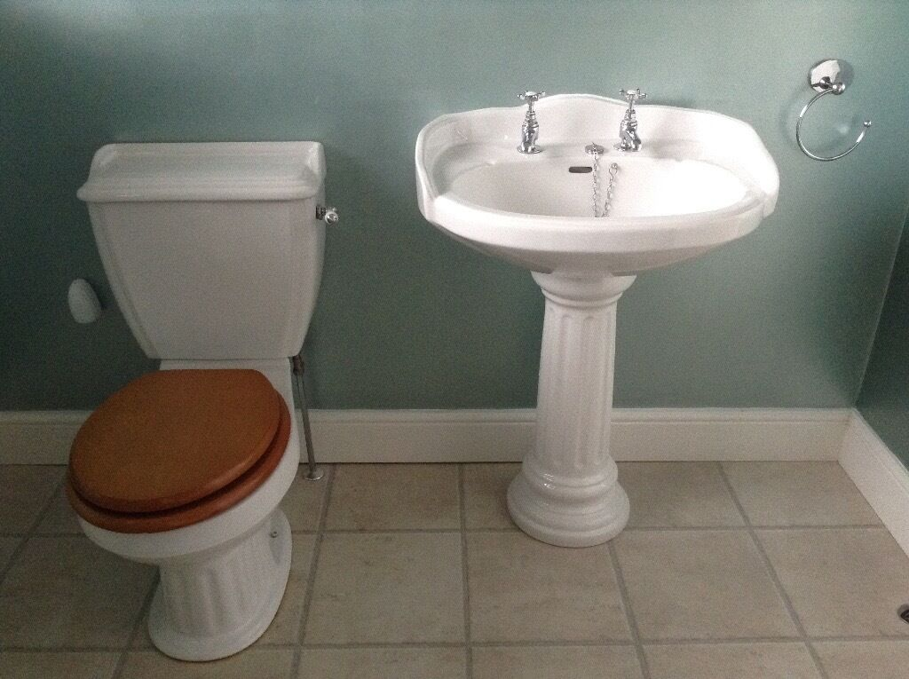 Traditional Victorian style toilet and wash hand basin | in East ...