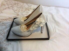 Women's Ivory wedding shoes
