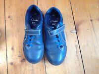 Clarks boys football shoes 11.5 g