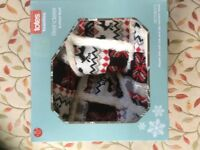 Totes knitted slipper boots- new- lovely reindeer design