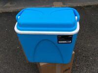 Coolbox for picnics etc