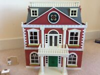 Sylvanian family hotel and accessories