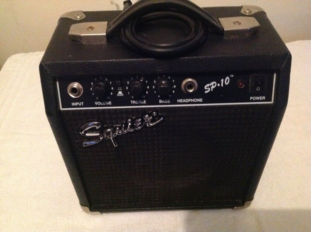 USED FENDER SQUIRE GUITAR AMPLIFIER