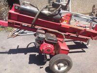 Heavy duty petrol log splitter