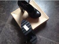 Brand new size 5 river island black ladies heels brand new in box £60 tagged