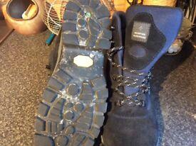 Mountain hardware boots