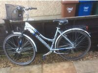LADIES HYBRID BIKE FOR SALE-IMMACULATE CONDITION-FREE DELIVERY